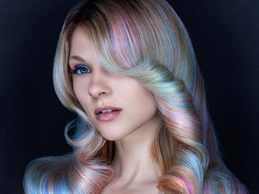 "(Sabrina)-Women-Are-Coloring-Their-Hair-""Opal""-And-The-Results-Are-Mind-Blowing"