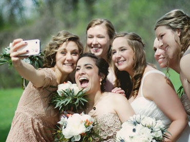 WOW-Amazing-FI-Marriage-Selfies