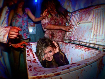 World's-scariest-and-most-exclusive-haunted-house-with-a-24,000-person-waiting-list